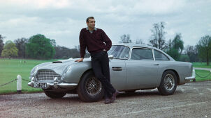 Be like James Bond. The Kultspion car will be sold