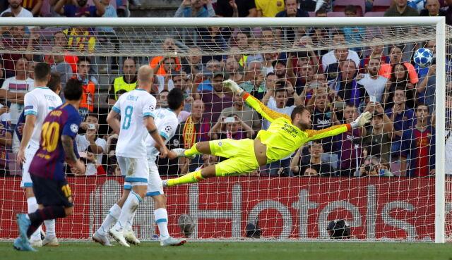 Hat-trick Messiego na otwarcie. Inter dopadł Koguty