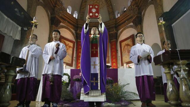Tymczasowa umowa w sprawie biskupów. Zbliżenie Chin i Watykanu
