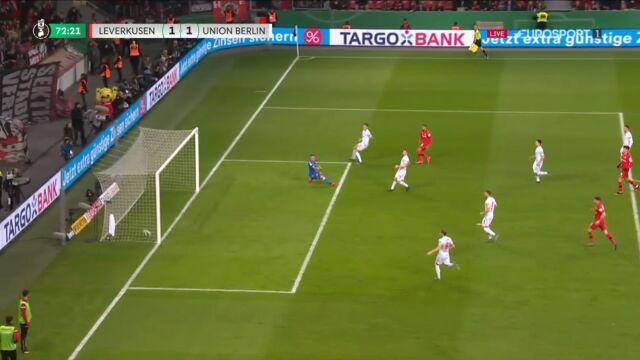 Bayer wyrównał w ćwierćfinale Pucharu Niemiec, gol Bellarabiego