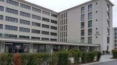 W części Prory działa teraz hotel, a kompleks po kilkudziesięciu latach przyjął w końcu urlopowiczów