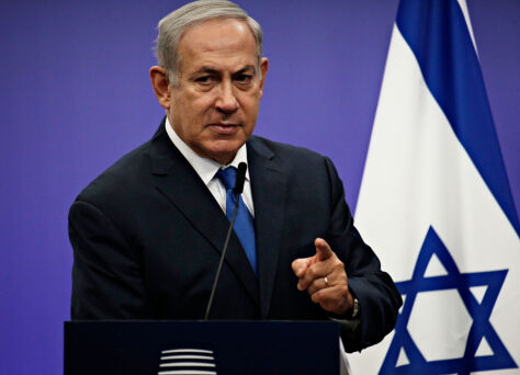 Netanjahu pierwszym urzędującym premierem Izraela z zarzutem korupcji
