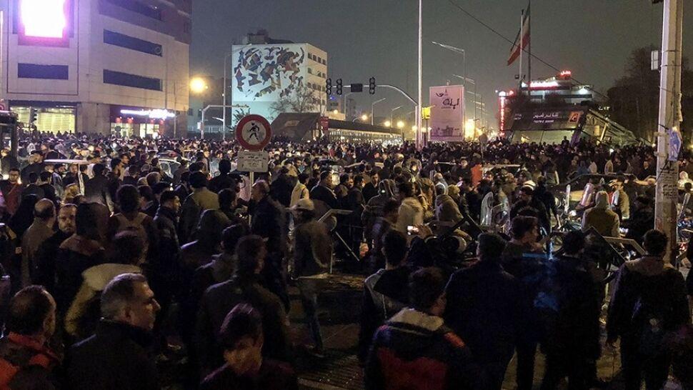 """Skazani za udział w protestach w Iranie. """"Działania wymierzone w bezpieczeństwo narodowe"""""""