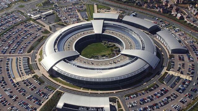 USA zapłaciły 100 mln funtów brytyjskiemu wywiadowi. Kolejne rewelacje Snowdena