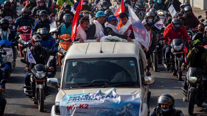 """Zdobywcy K2 witani jak bohaterowie. """"To więcej niż mistrzostwo świata"""""""