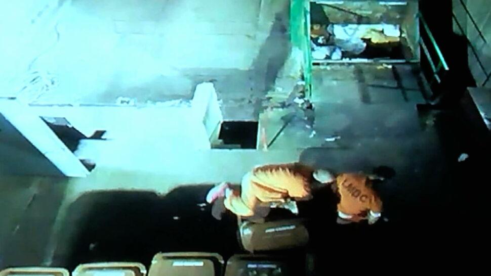 Schowali się w koszach na śmieci i uciekli  z więzienia. Nie zdążyli nacieszyć się wolnością