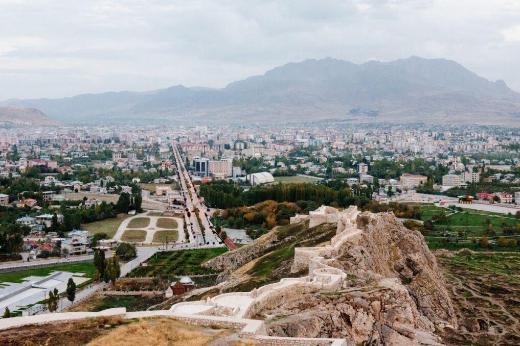 Miasto Van podniosło się już po trzęsieniu ziemi z 2011 roku