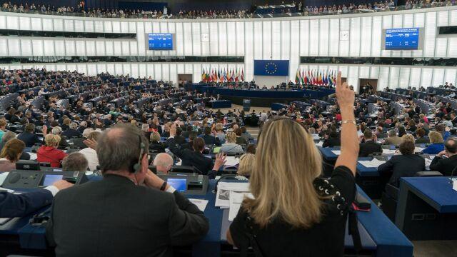 Precedensowe zebranie. Scenariusz wysłuchania Polski na forum Unii