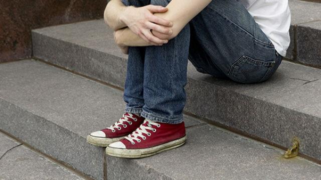 Chłopcy powiedzieli ochroniarzom sklepu, że nieznajomy składa im propozycje. 12 przestępstw seksualnych