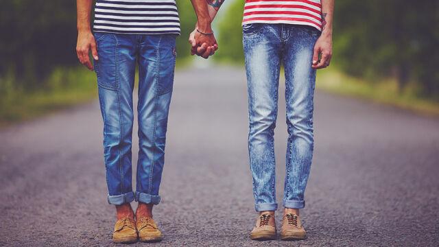 Dzieci pary gejów nie dostaną polskiego obywatelstwa. Sąd: nie idźmy tą drogą
