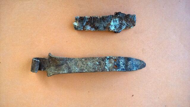 Nóż wykonany z uchwytu menażki