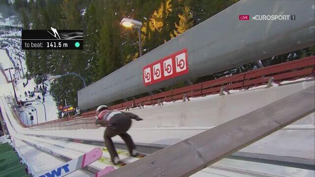 Skok Kamila Stocha z pierwszej serii konkursu w Trondheim