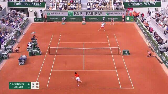 Novak Djoković zakończył drugiego seta z Hubertem Hurkaczem asem
