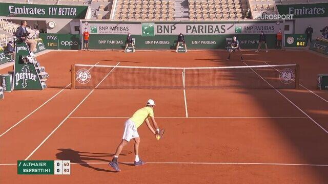 Skrót meczu Daniela Altmaiera z Matteo Berrettinim w 3. rundzie French Open