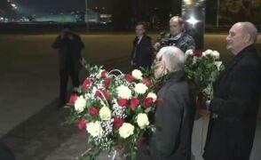 Powitanie premier Beaty Szydło na lotnisku