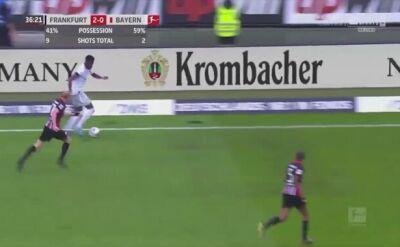 Gol Roberta Lewandowskiego w meczu z Eintrachtem Frankfurt