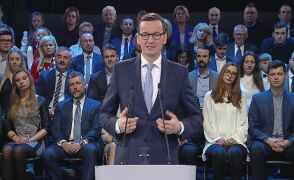 """Premier Morawiecki przemawiał na konferencji """"Praca dla Polski"""""""
