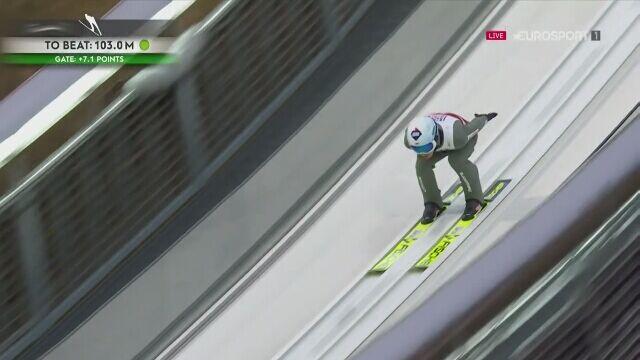 Kamil Stoch w 1. serii konkursu na normalnej skoczni w Oberstdorfie