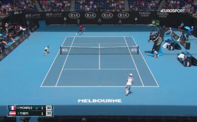 Skrót meczu Thiem - Monfils w 4. rundzie Australian Open