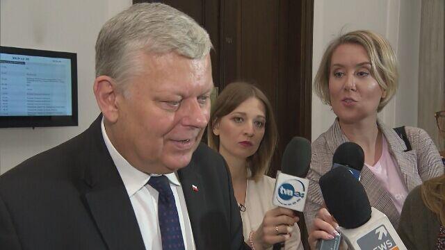 Marek Suski nie chciał odpowiadać na pytania o wycofanie kandydatury Jastrzębskiego
