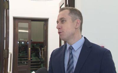 """""""Szef ABW dzisiaj myli role funkcjonariusza PiS z funkcjonariuszem państwa"""""""