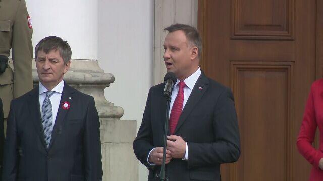 Prezydent podczas uroczystości związanych z Dniem Flagi RP oraz Dniem Polonii i Polaków za Granicą