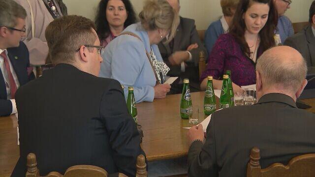 """Borys-Szopa (PiS): procedowanie przez komisję projektu """"Zatrzymaj aborcję"""" po otrzymaniu wszystkich opinii"""
