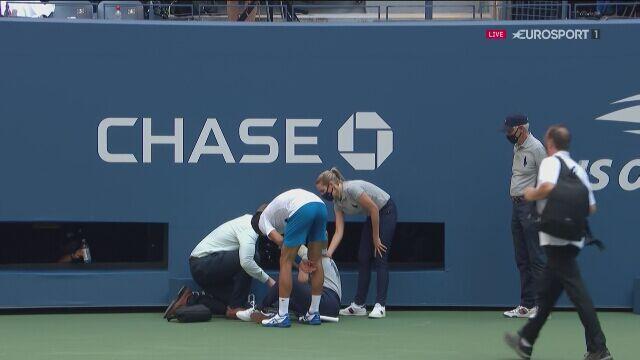 Novak Djoković zdyskwalifikowany po uderzeniu piłką w arbiter liniową