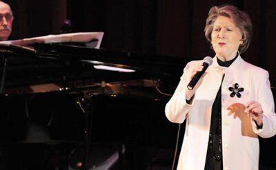 """""""Niezwykła, wyjątkowa"""". Irena Santor kończy 85 lat"""