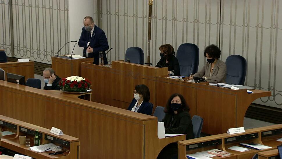 """""""Nadmierne stosowanie środków przymusu"""". RPO w Senacie o działaniach policji wobec protestujących"""