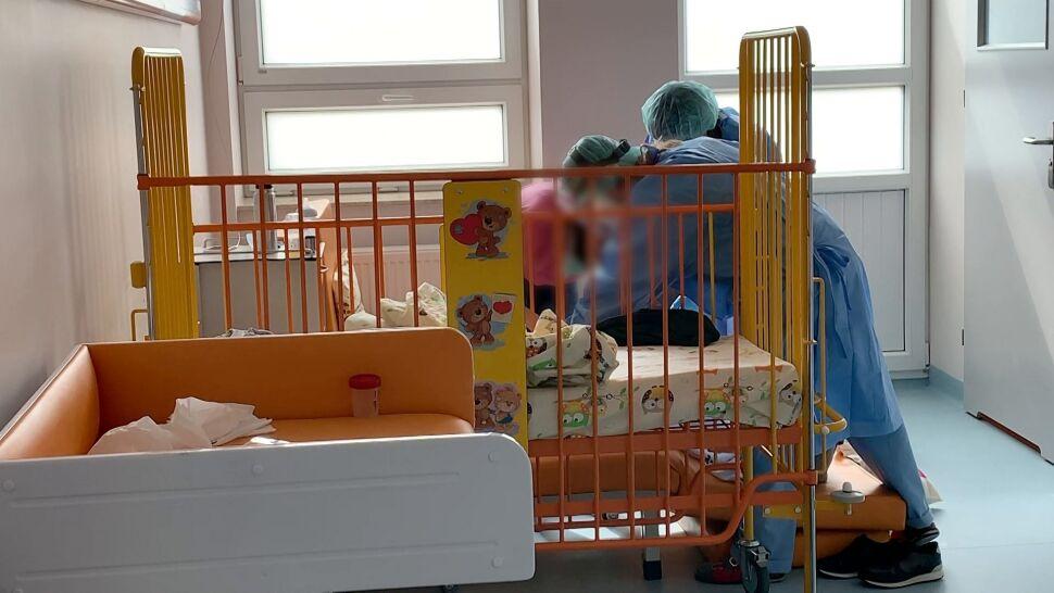"""""""Sytuacja największego zagrożenia"""". Lekarze alarmują: objawów PIMS u dzieci nie wolno zlekceważyć"""