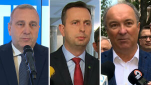 Poland's fragmented opposition coalesces into left and centre blocs