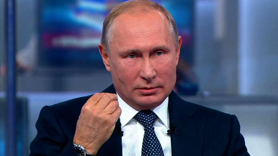 Spadła popularność Putina.  Przez wiek emerytalny, paliwo i podatki