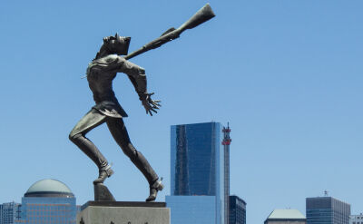Polonia złożyła wniosek w sądzie w sprawie przeniesienia Pomnika Katyńskiego. Burmistrz łagodzi ton