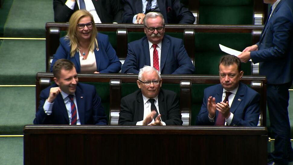"""15 posłów PiS zawieszonych w prawach członka partii. Byli przeciw """"piątce dla zwierząt"""""""