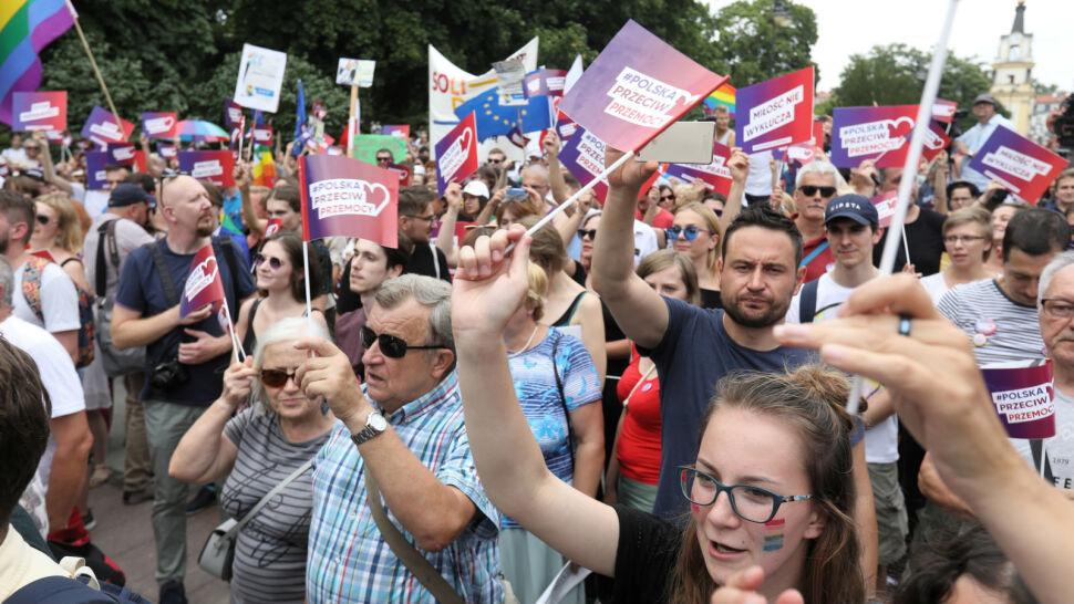 Bez polityków Koalicji Obywatelskiej. Lewica przejęła inicjatywę