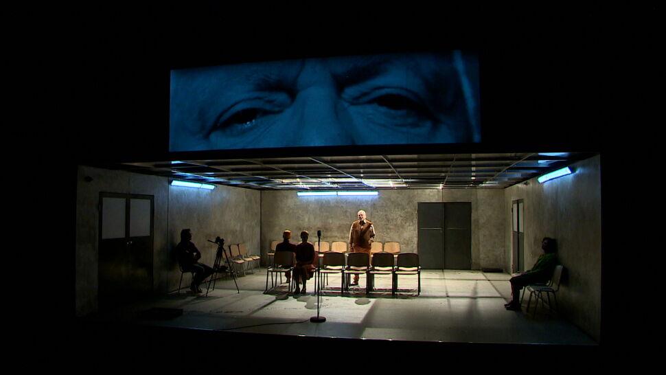 """Niezwykła sztuka w poznańskim teatrze.  """"Chciałbym nie być"""" opowiada o historiach zaginionych osób"""
