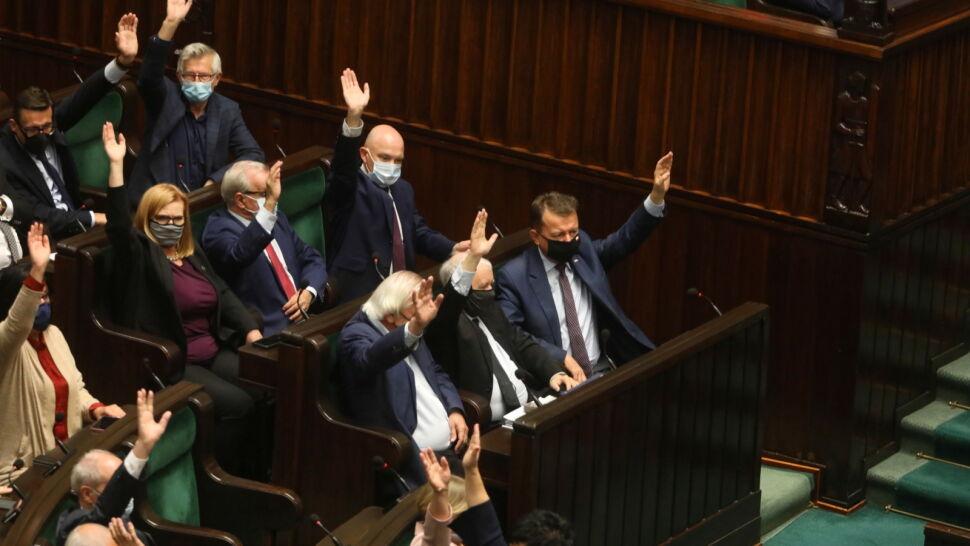 Sejm nie uchylił rozporządzenia o stanie wyjątkowym