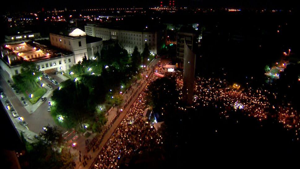"""Sądy umarzają kolejne postępowania dotyczące protestów. """"PiS próbuje wykorzystywać policję jako swoje narzędzie"""""""