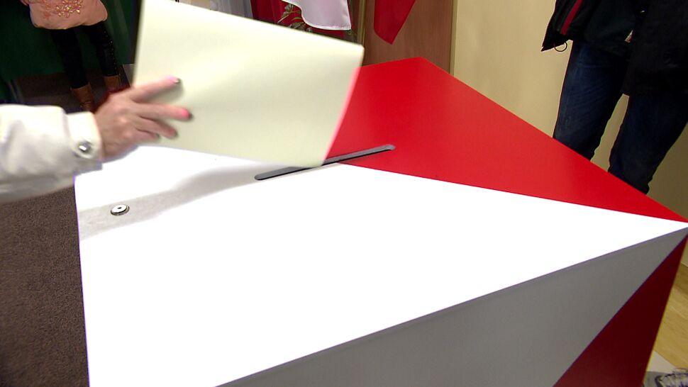 W komisjach wyborczych mają być kamery. Czy system będzie gotowy na wybory?