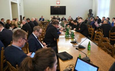 Raport KE po kontroli polskich rzeźni. Nieprawidłowości w niemal sześćdziesięciu