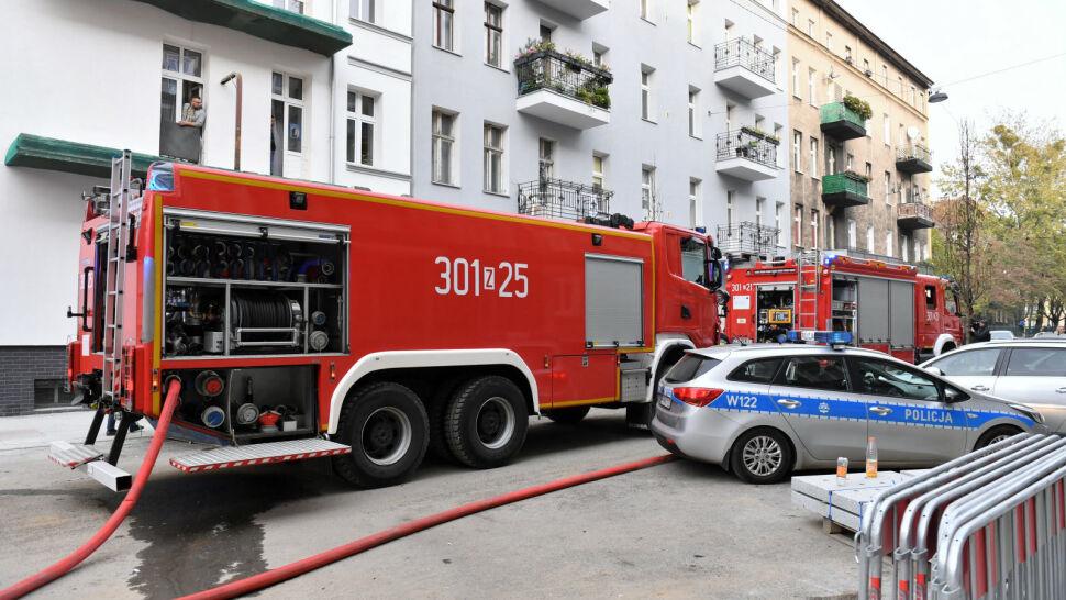 Na drugim piętrze kamienicy w Szczecinie wybuchł pożar. Trzy osoby nie żyją