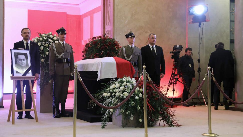 Polacy oddawali hołd Janowi Olszewskiemu. W sobotę pogrzeb