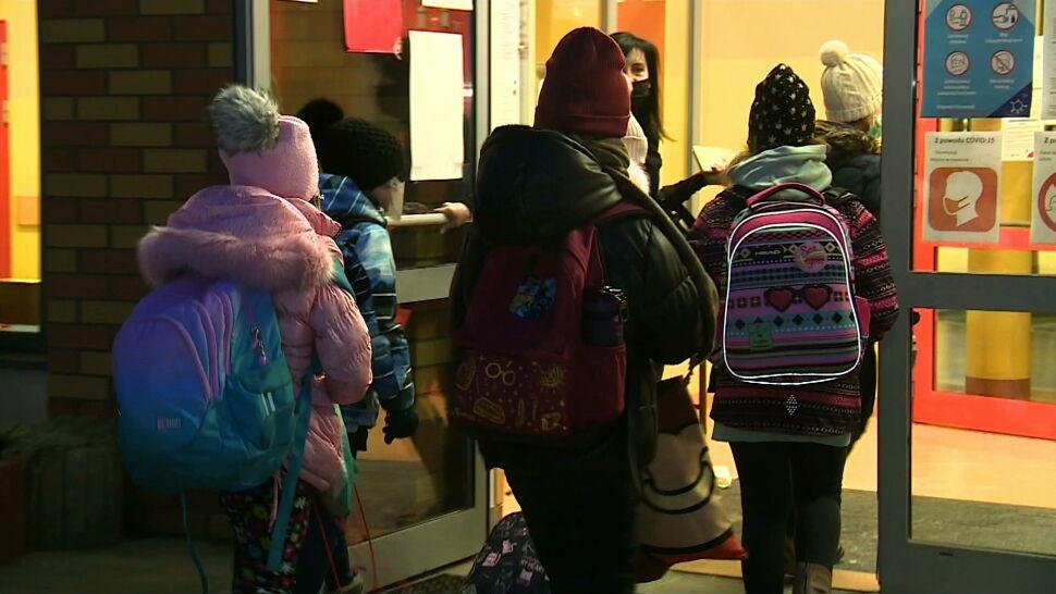 Najmłodsi uczniowie wrócili do szkół