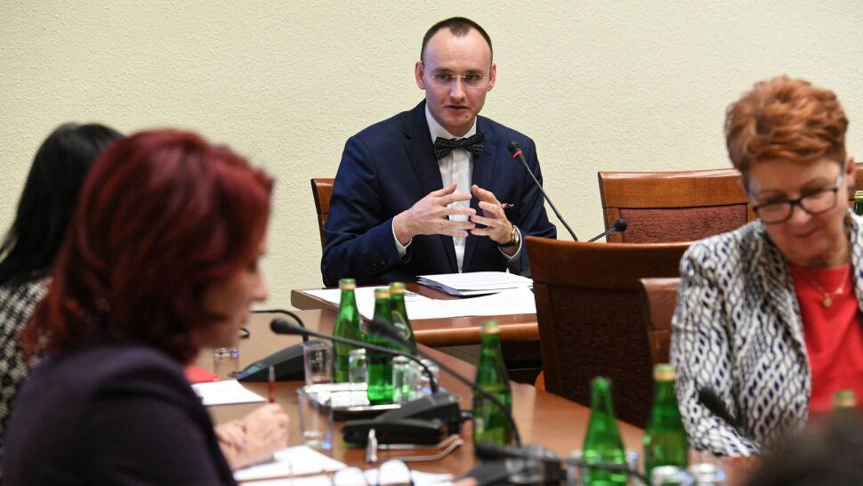 Specjalista prawa kanonicznego kolejnym kandydatem PiS na Rzecznika Praw Dziecka