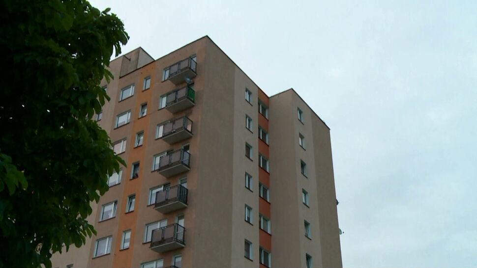 Rodzeństwo z Koszalina wypadło z okna na dziewiątym piętrze