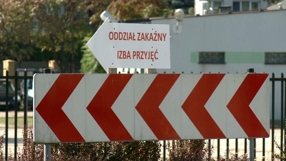 """Epidemia w Polsce nie zwalnia. """"Testujemy przede wszystkim osoby objawowe"""""""