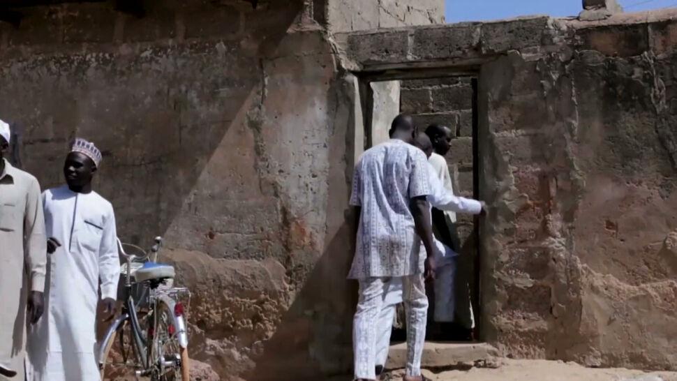 Niezidentyfikowana grupa porwała kilkuset chłopców ze szkoły w Nigerii