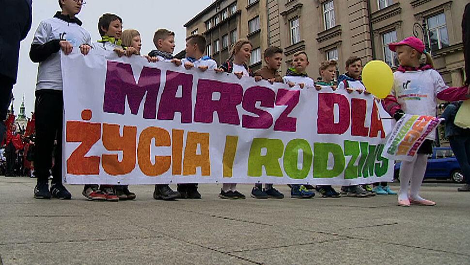 Happening w Szczecinie, manifestacja w Krakowie