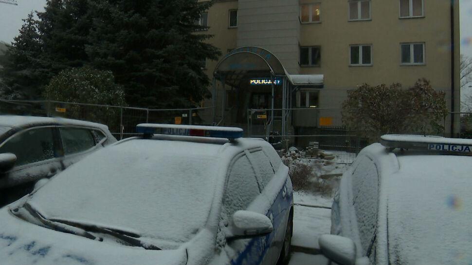 Policja: 23-latek chciał zdetonować auto pod komisariatem. Mężczyzna zatrzymany